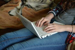 comunicarte-regularmente-cliente-mi-vida-freelance