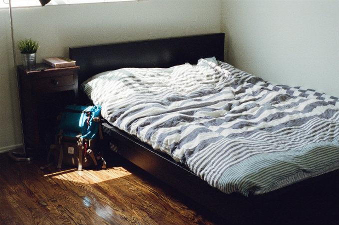 no-trabajes-en-cama-mi-vida-freelance