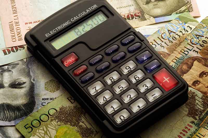 pagar-deudas-gastar-dinero-mi-vida-freelance
